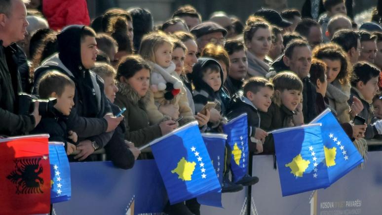 Le Monde о кризисе в Косове: полицейская операция или путь к признанию республики