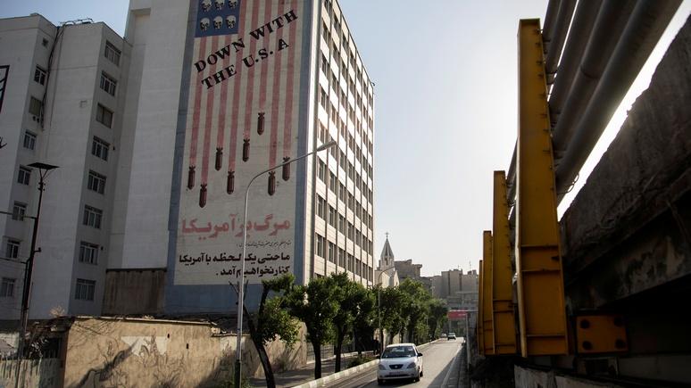 Bloomberg: Иран о новых санкциях США — они закрывают путь дипломатии