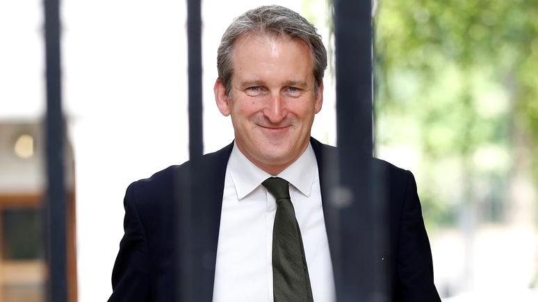 Times: британский министр образования не намерен выпускать учеников из школ без однополого ликбеза