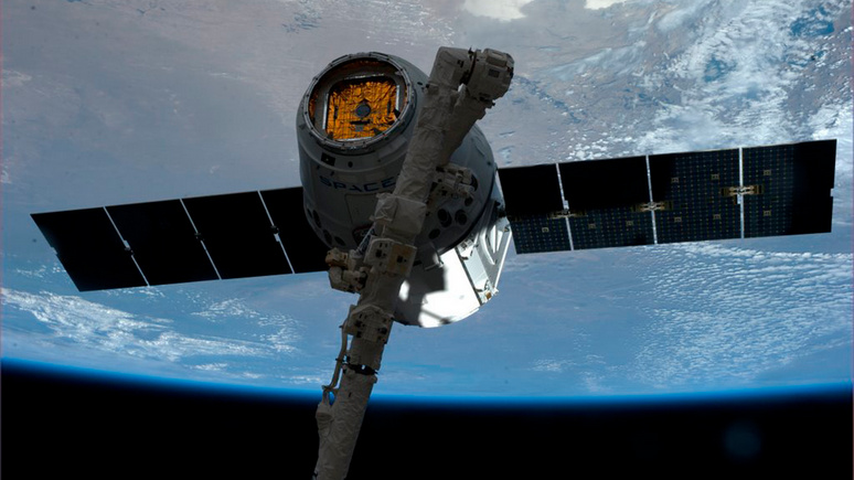 Bild: НАТО готовится к космическим войнам