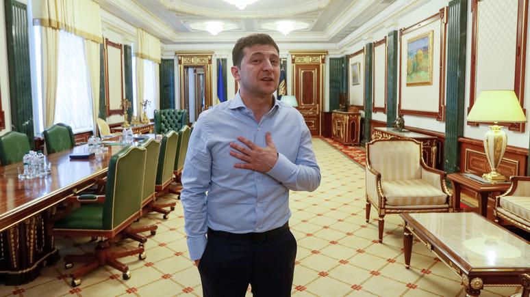 УП: Зеленский поблагодарил канадских депутатов за «мощные санкции» против России