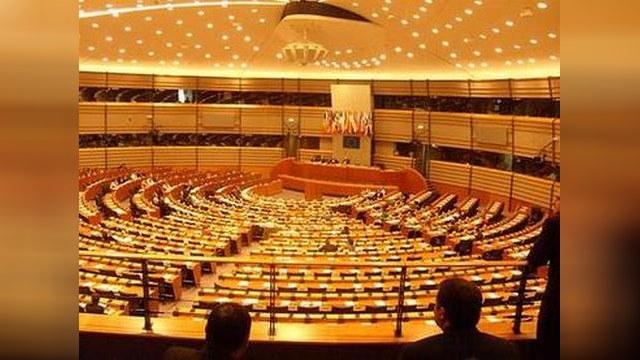 Европарламент вступился за Немцова