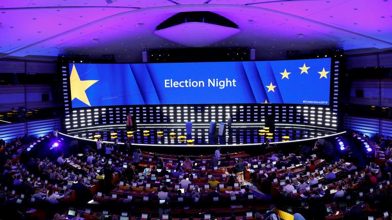 Обозреватель Bloomberg: сторонников европейских популистов не смущает помощь России