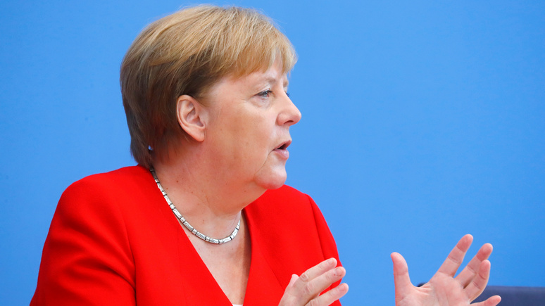 Times: Меркель предупредила Россию не вмешиваться в европейскую политику