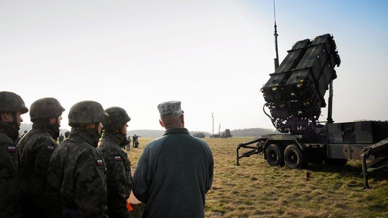Немецкий эксперт: мы слишком уязвимы — НАТО нужны ракеты для уничтожения российских командных центров