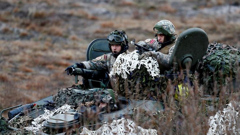 FAZ: НАТО собирается устрашать Россию, не вступая в гонку вооружений
