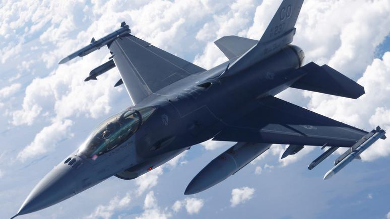Times: Китай пригрозил США санкциями за поставки оружия на Тайвань