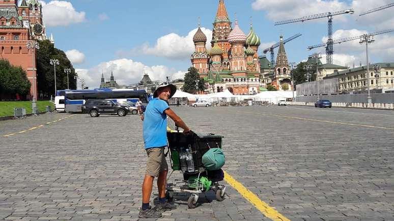 Solothurner Zeitung: житель Швейцарии пешком дошёл от дома до Москвы