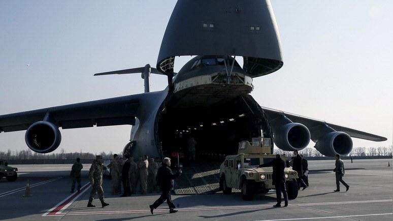 Politico: Белый дом решил повременить с предоставлением военной помощи Украине