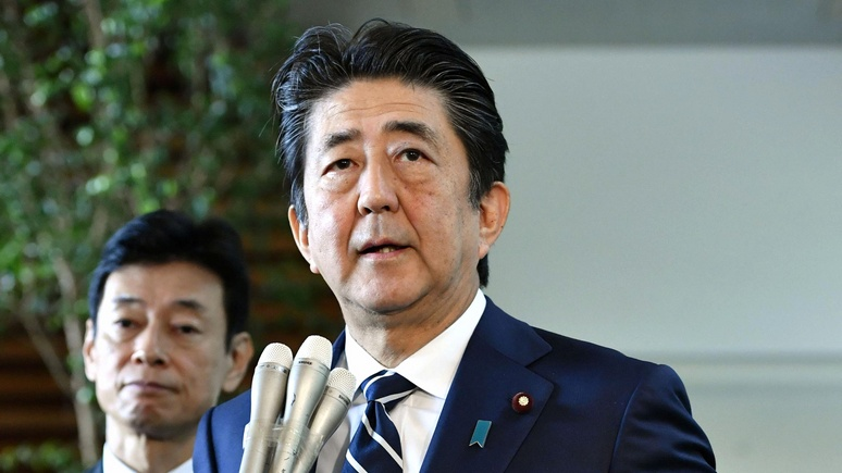 Mainichi: Абэ пообещал вывести переговоры по миру и Курилам «на новый уровень»