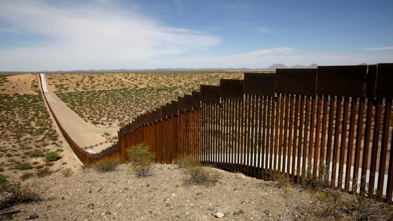 New York Times: ради приграничной стены Пентагон пожертвовал военными проектами