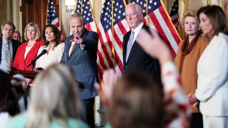 FA: соперничеством с Россией озабочены политики, но не большинство американцев