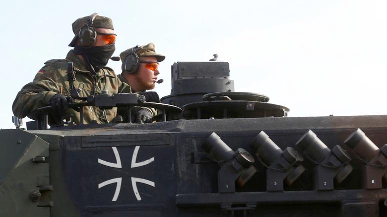 Junge Welt: в Германии командный центр НАТО активно готовят к войне с Россией