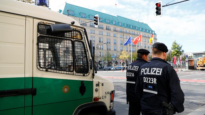 Guardian: не проронил ни слова — застреливший бывшего чеченского боевика в Берлине молчит уже три недели
