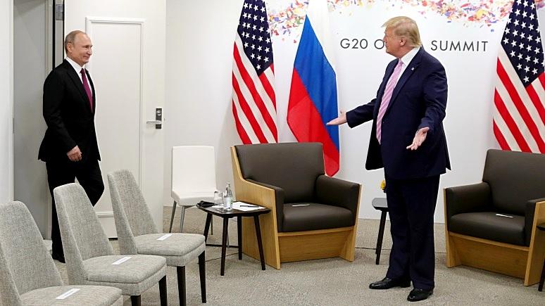 Times: Трамп пытается повысить авторитет дружбой с Путиным, забывая о долге