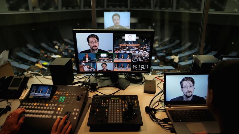 Independent: США подали в суд на Сноудена и требуют всех доходов с его мемуаров