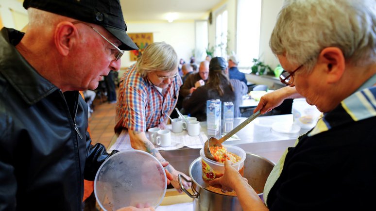 DWN: в Германии старшее поколение всё чаще обращается за гуманитарной помощью