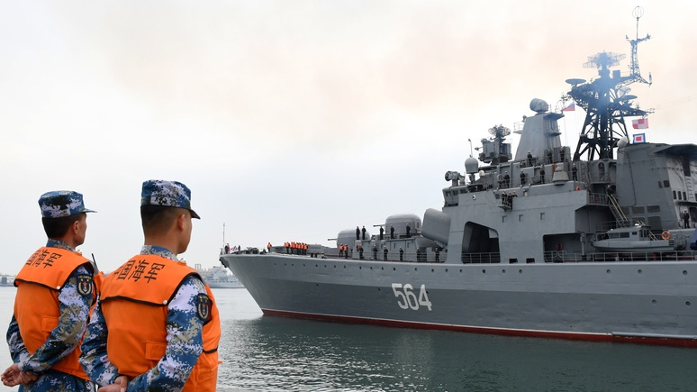 SCMP: Китай не намерен отправлять регулярные силы ВМС на учения с Россией и Ираном