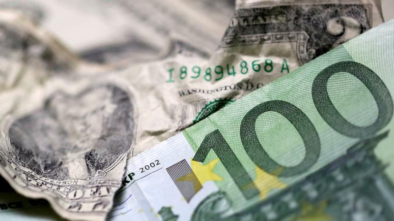 CNBC: Россия избавляется от доллара при негласной поддержке ЕС