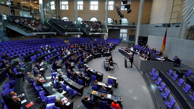 DW: немецкие политики обсуждают смягчение антироссийских санкций — от них страдает Германия