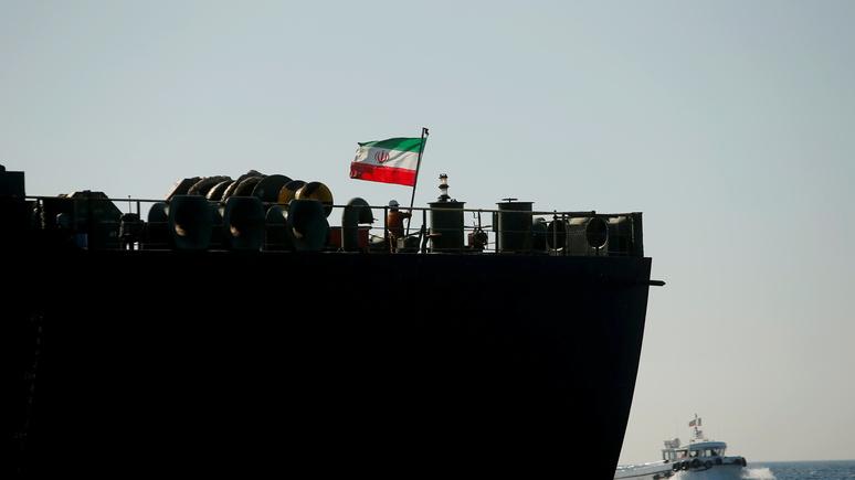 Press TV: причиной взрыва на иранском танкере могла быть ракетная атака
