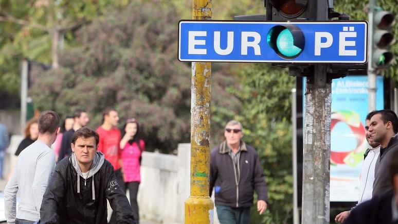 N-TV: Франция рушит надежды балканских стран на вступление в ЕС