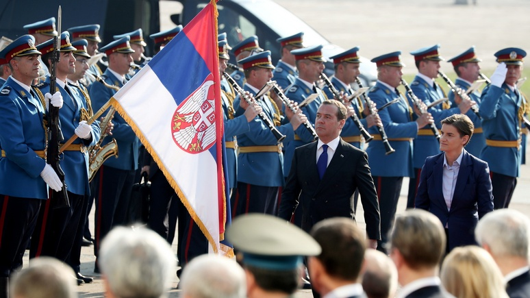 Deutsche Welle: пока ЕС медлит, Россия действует на Западных Балканах