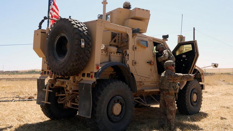 NYT узнала о планах Трампа оставить 200 американских военных на востоке Сирии