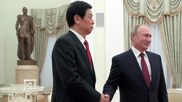 Обозреватель Hill: пока Запад следит за Сирией, Москва и Пекин фактически бросают вызов США