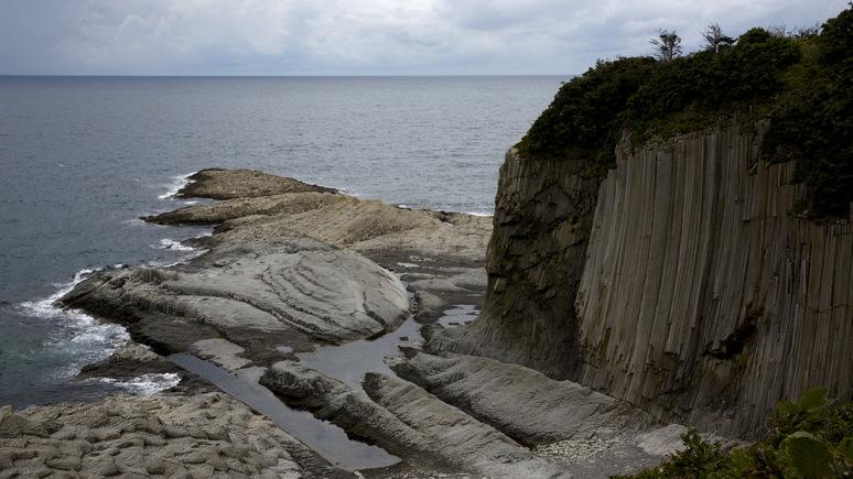 Wall Street Journal: японские туристы приехали на Курилы — но решить спор это не поможет