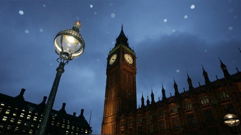 Times: Британии не стоит обманываться — у неё нет защиты от «лести» Москвы