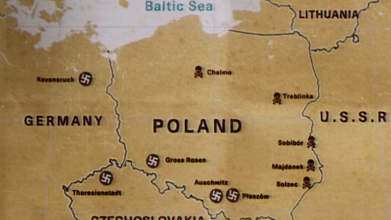 TVP Info: премьер Польши негодует после просмотра американского сериала о нацистском концлагере