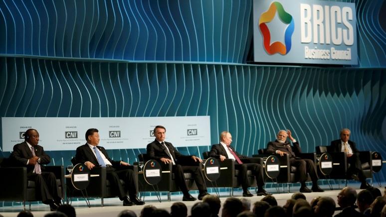 Folha: Бразилия попытается защитить интересы США на саммите БРИКС — но остальным это может не понравиться