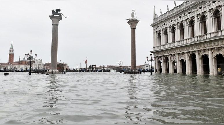 Guardian: парламент Венеции затопило после отказа бороться с изменением климата