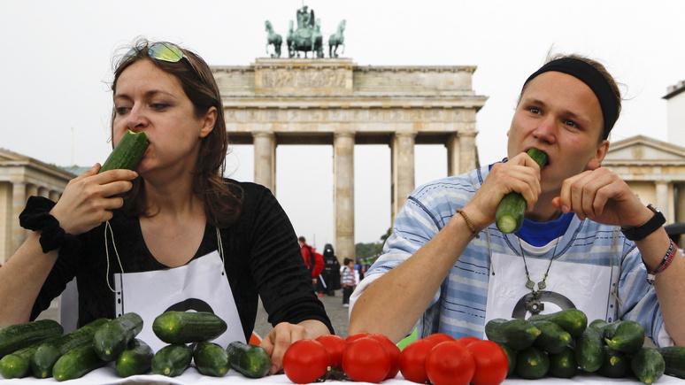 Экс-глава МИД Германии: в мире хищников Европе негоже быть единственным вегетарианцем
