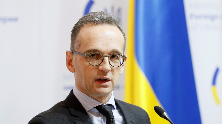 Bild: громкое заявление — в Киеве глава МИД Германии пообещал «свернуть горы» ради мира в Донбассе