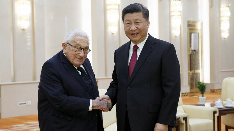 Киссинджер: США и Китай по-прежнему в «предгорьях холодной войны» — поэтому её можно избежать