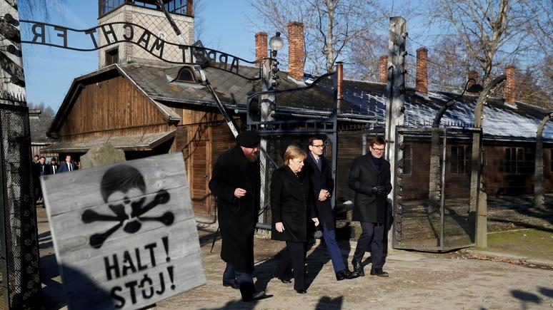 Das Erste: канцлер Германии впервые посетила Освенцим и испытала «глубокий стыд»