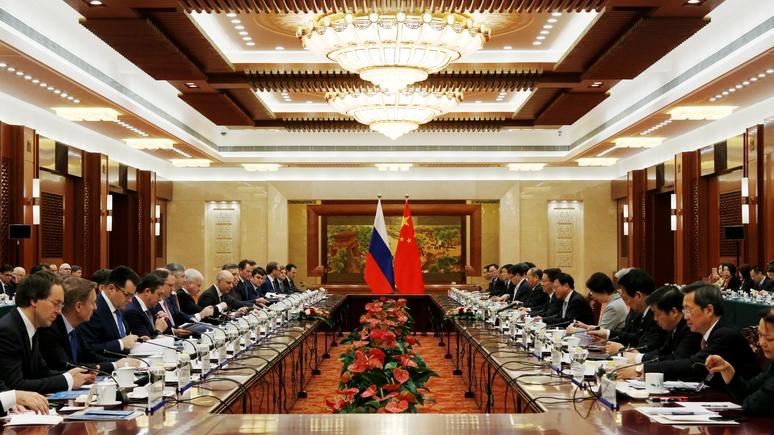 Hill: санкции США сплотили давних соперников — Москву и Пекин