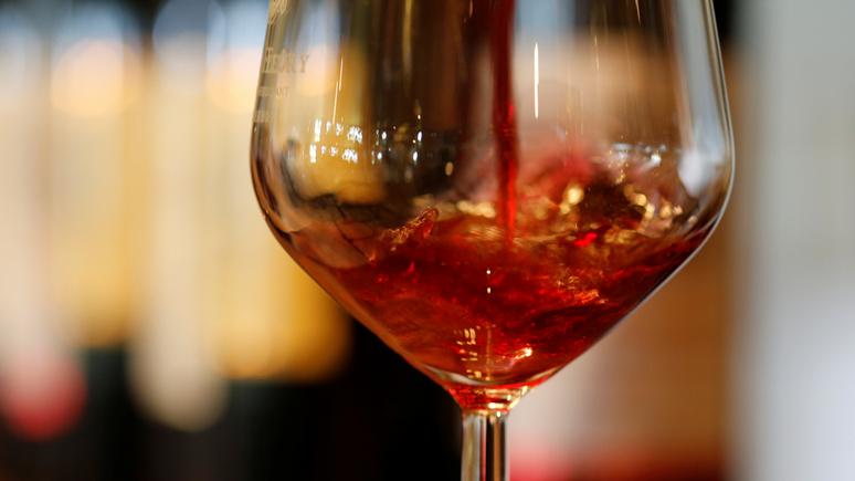 Le Figaro: учёные разоблачили миф о пользе красного вина