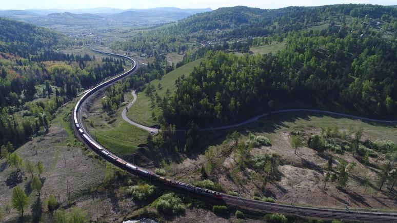 «Накормили, хотя я не хотела»: немецкая путешественница рассказала о русском гостеприимстве и отличных поездах