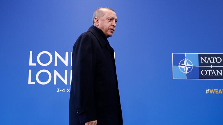WSJ: НАТО всё больше обеспокоено сближением Анкары с Москвой
