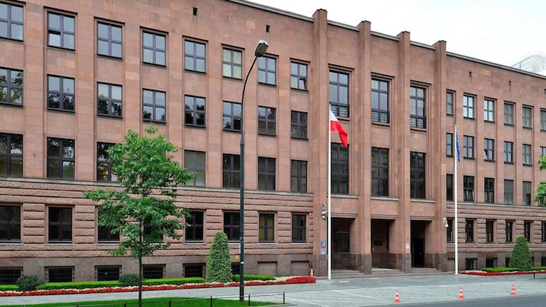 TVN24: Варшава опасается затяжной информационной войны с Россией