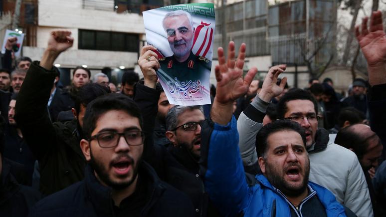 Fox News: «смерть Англии!» — иранские радикалы пришли с «ответным визитом» к британскому послу