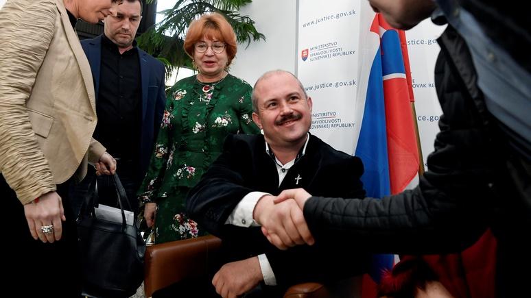 Independent: антииммигрантские лозунги вывели словацких правых в фавориты парламентской гонки