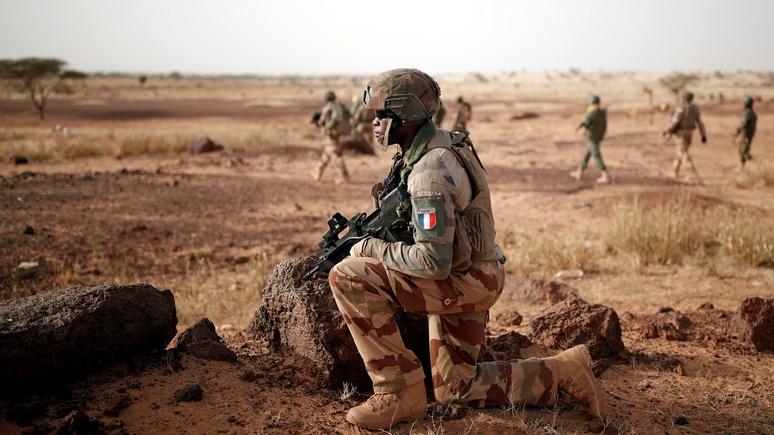 BFM TV: Макрон усиливает французский контингент в Африке — и сетует на влияние «иностранных держав»