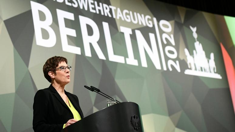 Der Spiegel: Крамп-Карренбауэр пообещала бундесверу улучшения ещё до конца года