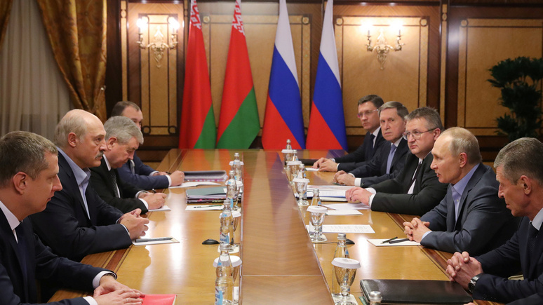NYT: «норовистый союзник» — Путин и Лукашенко обсудили поставки нефти и газа