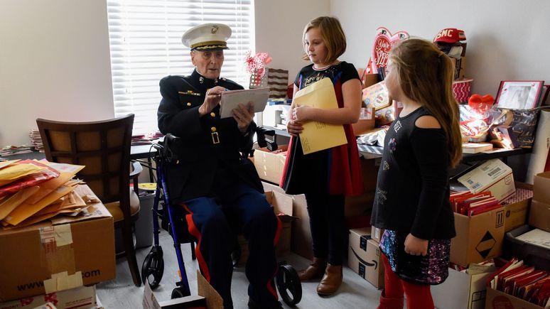 Evening Standard: 104-летний американский ветеран получил от доброжелателей 70 тысяч валентинок