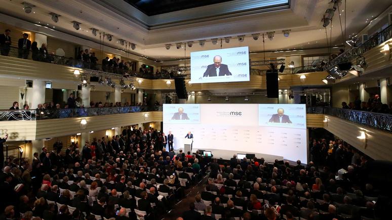 Die Zeit: Макрон готовит Европу к жизни без американского «защитника»